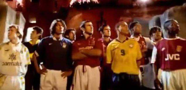 Pub Nike Football 1996